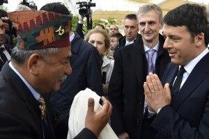 Photo of Expo, il Presidente Renzi visita il Padiglione Nepal