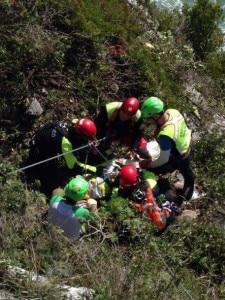 Photo of Altopiano di Asiago, muore cadendo per 50 metri da salto di roccia