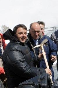 """Photo of """"Orgoglio dell'ingegneria italiana"""": Renzi inaugura le nuove funivie del Bianco"""