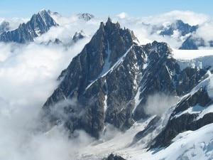Photo of Monte Bianco: italiano muore sulla Nord dell'Aiguille di Midi