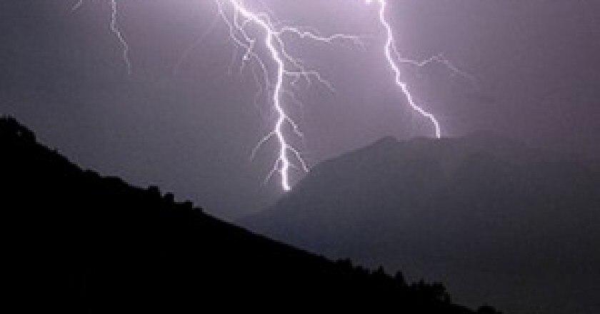 fulmini-in-montagna-300x251.jpg