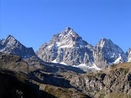 Photo of Monviso: alpinista precipita a 3300 metri