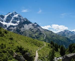 Photo of Nel Parco nazionale dello Stelvio, il Giro del Confinale a piedi o in Mountain bike