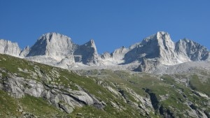 Photo of Valmasino, alpinista precipita sul Cengalo. Altri incidenti nel weekend