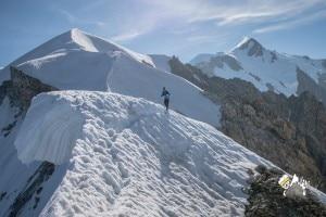 Photo of Marco De Gasperi: nuovo record di salita e discesa al Monte Bianco