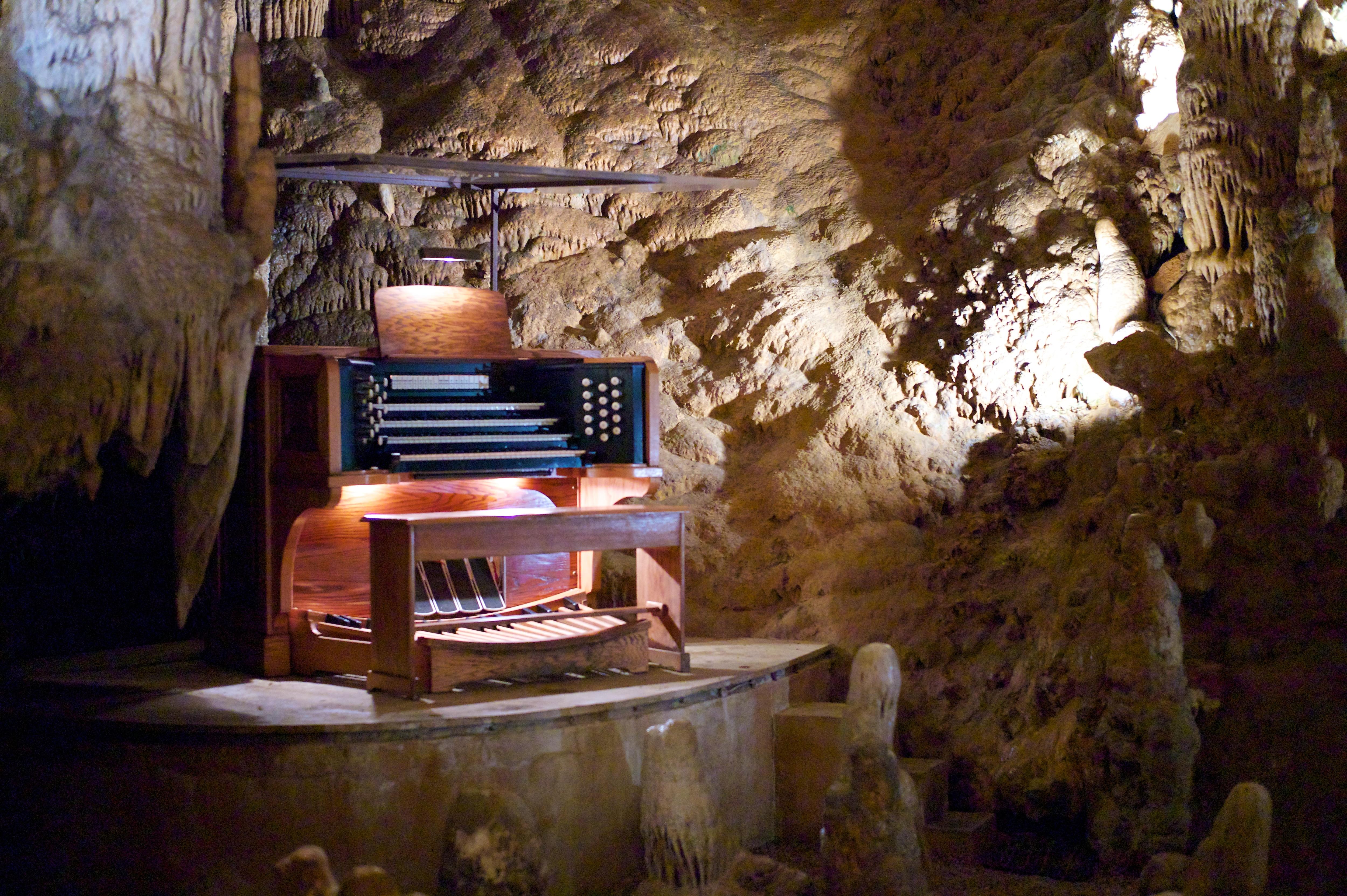Photo of Il grande organo che fa suonare le stalattiti