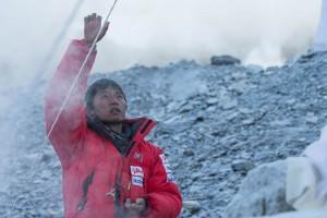 Photo of Everest, rinuncia il giapponese che tentava la cima da solo