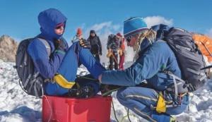 """Photo of Monte Bianco arriva sui ghiacciai: svolta decisiva per il reality """"made in Italy""""?"""