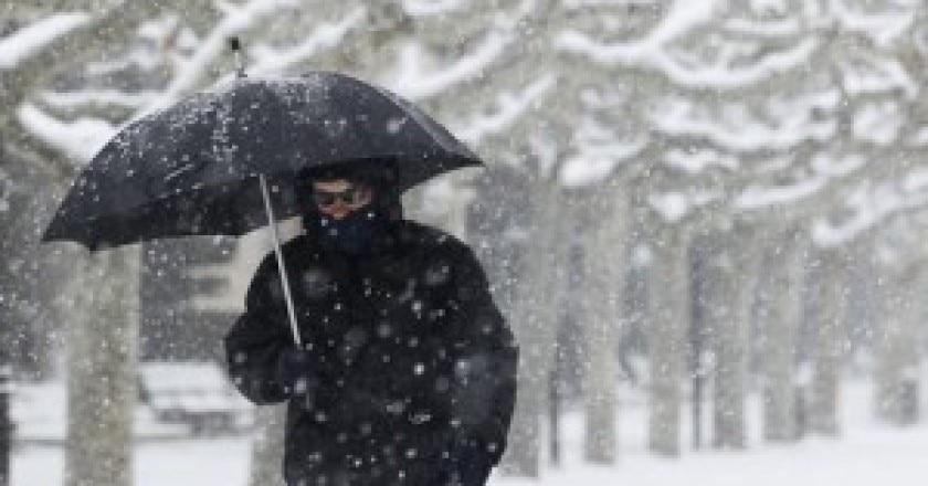 neve-uomo-ombrello-300x169.jpg