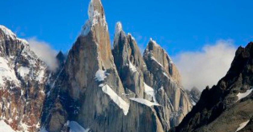 640px-Cerro_Torre_5457586054-300x200.jpg