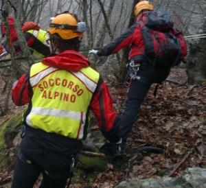 Photo of Andalo: recuperato uno speleologo a 50 metri di profondità