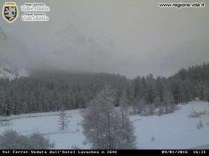 Photo of Pericolo valanghe, chiusa la Val Ferret