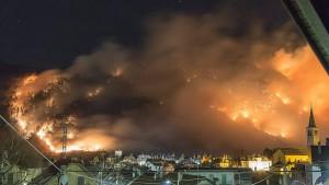 Photo of Emergenza incendi sulle montagne piemontesi
