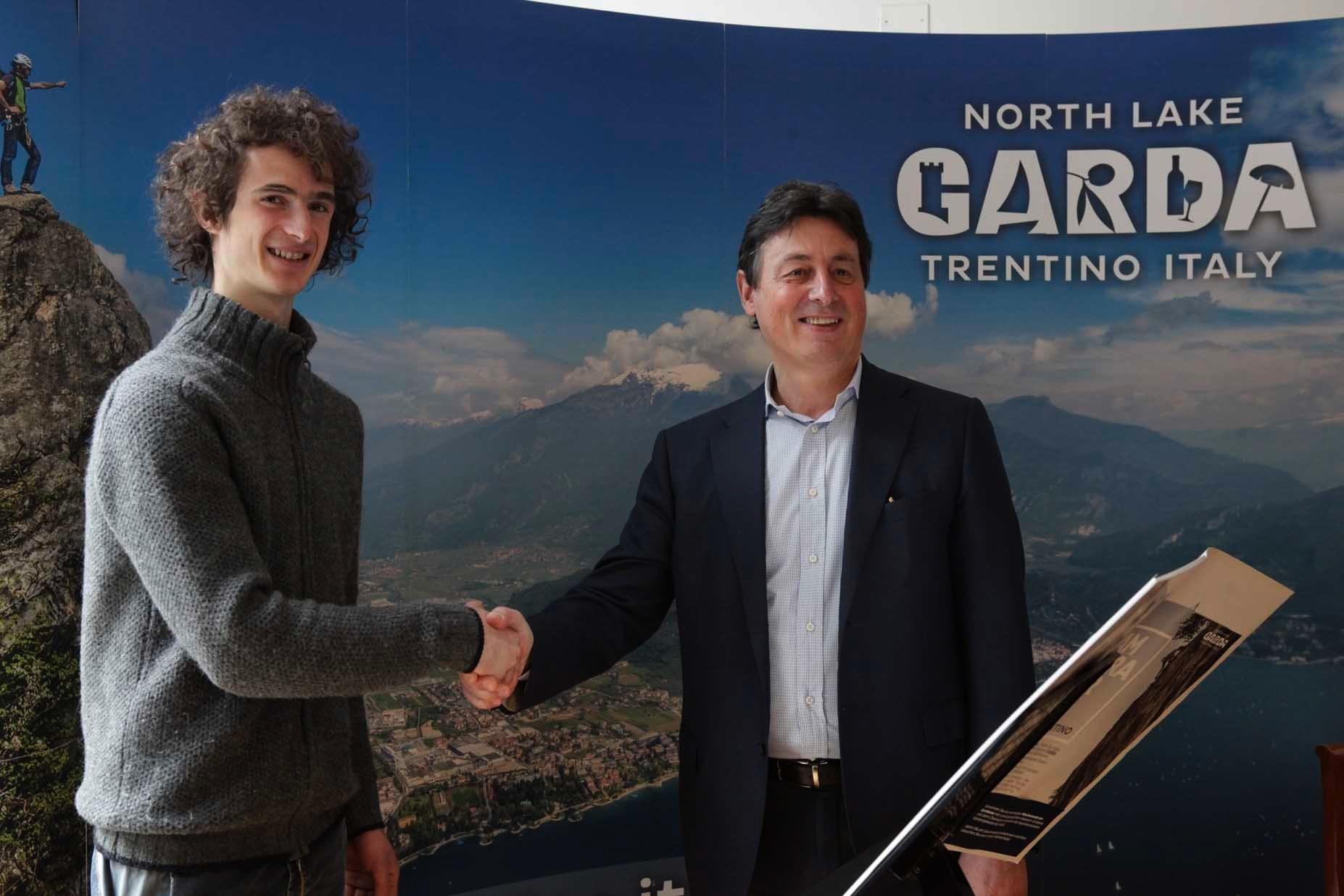 Photo of [:it]Adam Ondra diventa il testimonial di Garda Trentino[:]