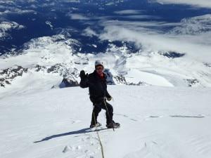 L'ultima foto di Arvid Lathi mentre stava scendendo dalla vetta del Monte Rainer. Photo Monique Richard Facebook page