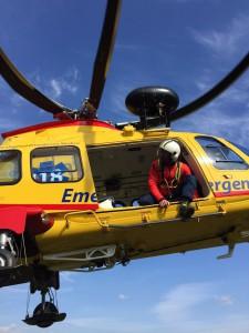 Le foto dei soccorsi prestati al paracadutista. Photo courtesy Soccorso Alpino e Speleologico Veneto