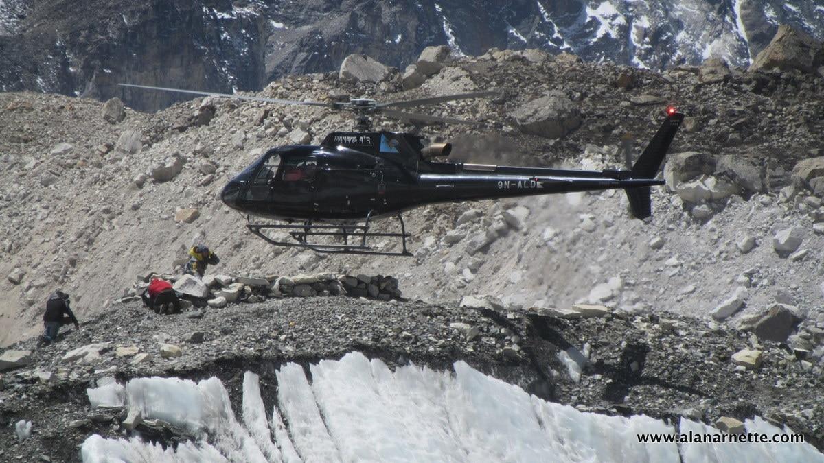 Photo of Everest: si bypassa l'Icefall con gli elicotteri