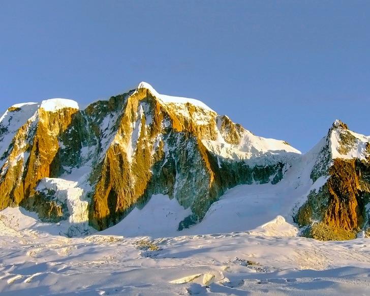 Photo of Destinazione: la magica Bolivia, per tentare una nuova via in Stile alpino