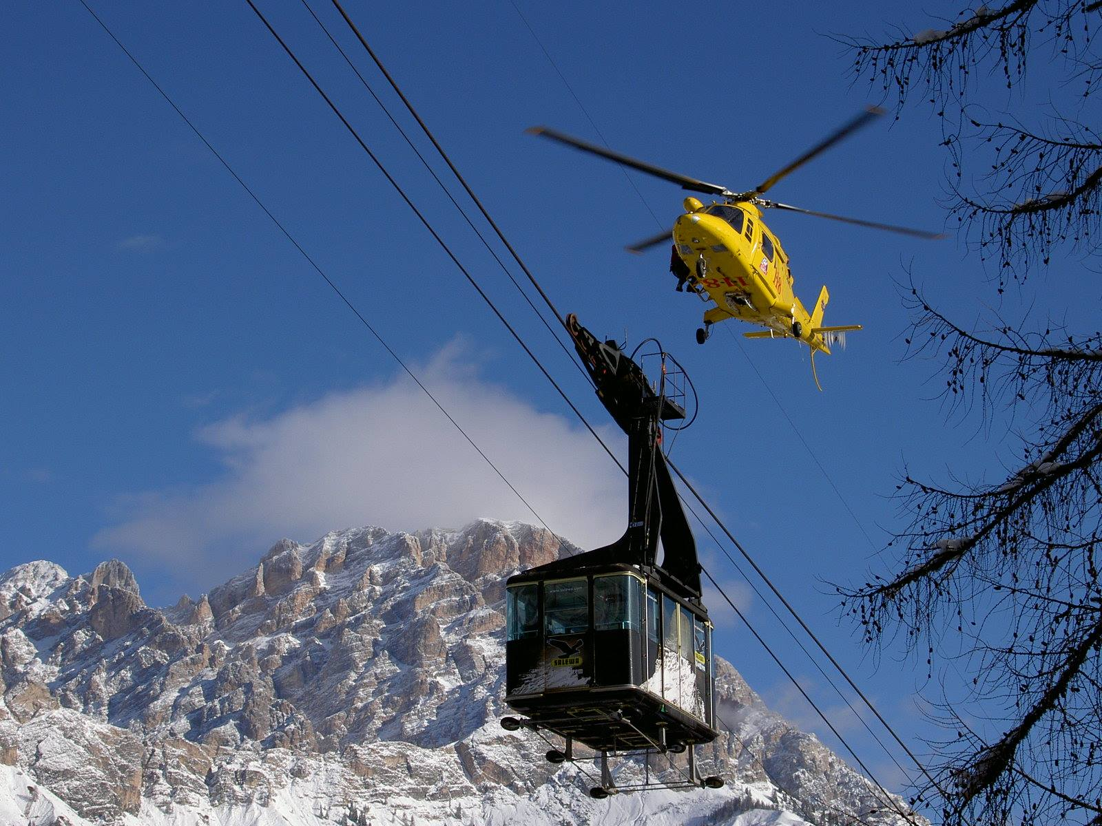 Photo of Cortina, cittadinanza onoraria al Soccorso Alpino