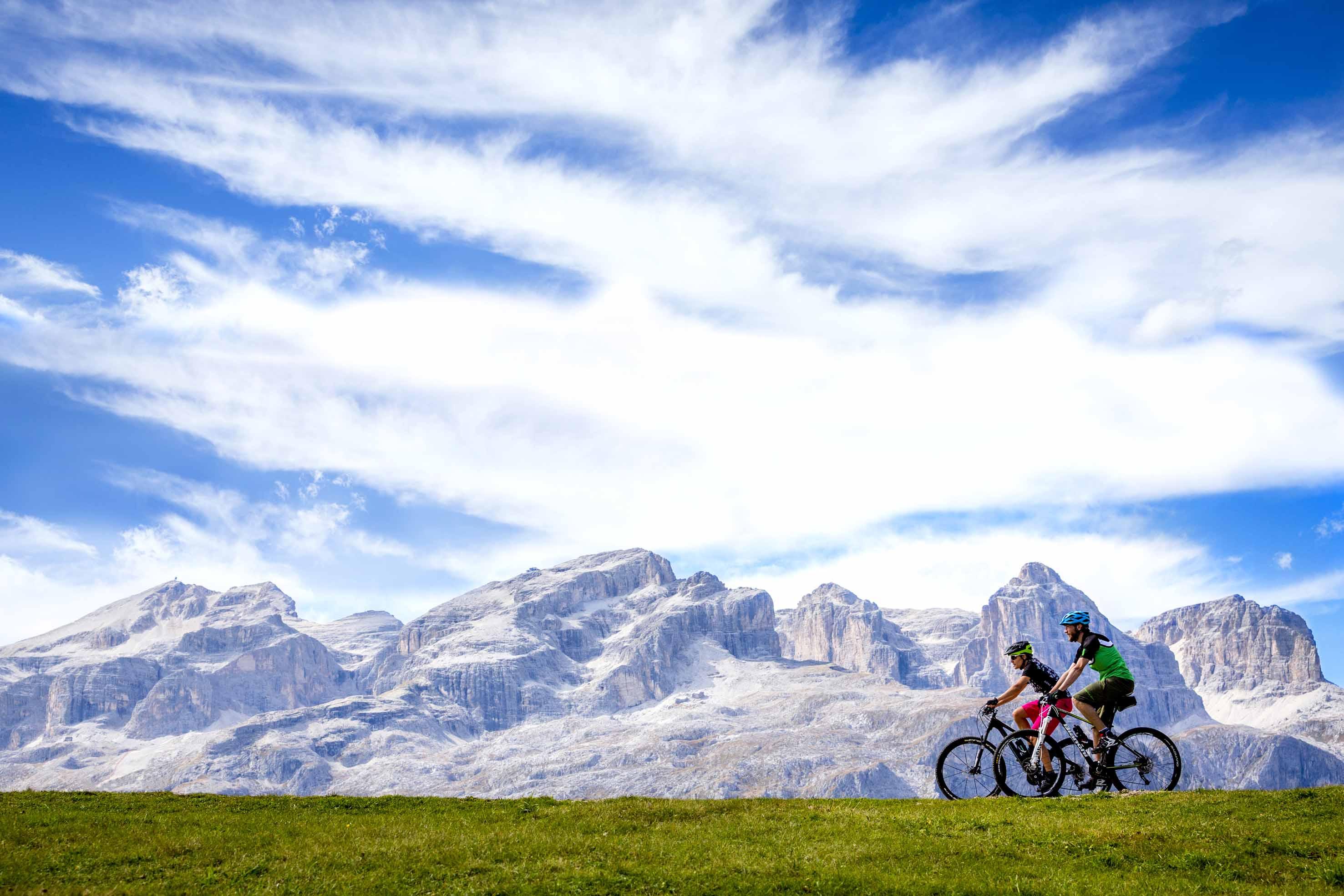 Photo of HERO trails, tutti i percorsi per scoprire il gruppo del Sella in mountain bike