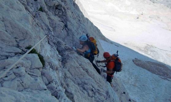Photo of Monte Canin: muore uomo di 30 anni, grave un 28enne