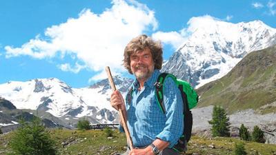 """Photo of Messner: """"chiudiamo i passi dolomitici 5-6 ore al giorno"""""""