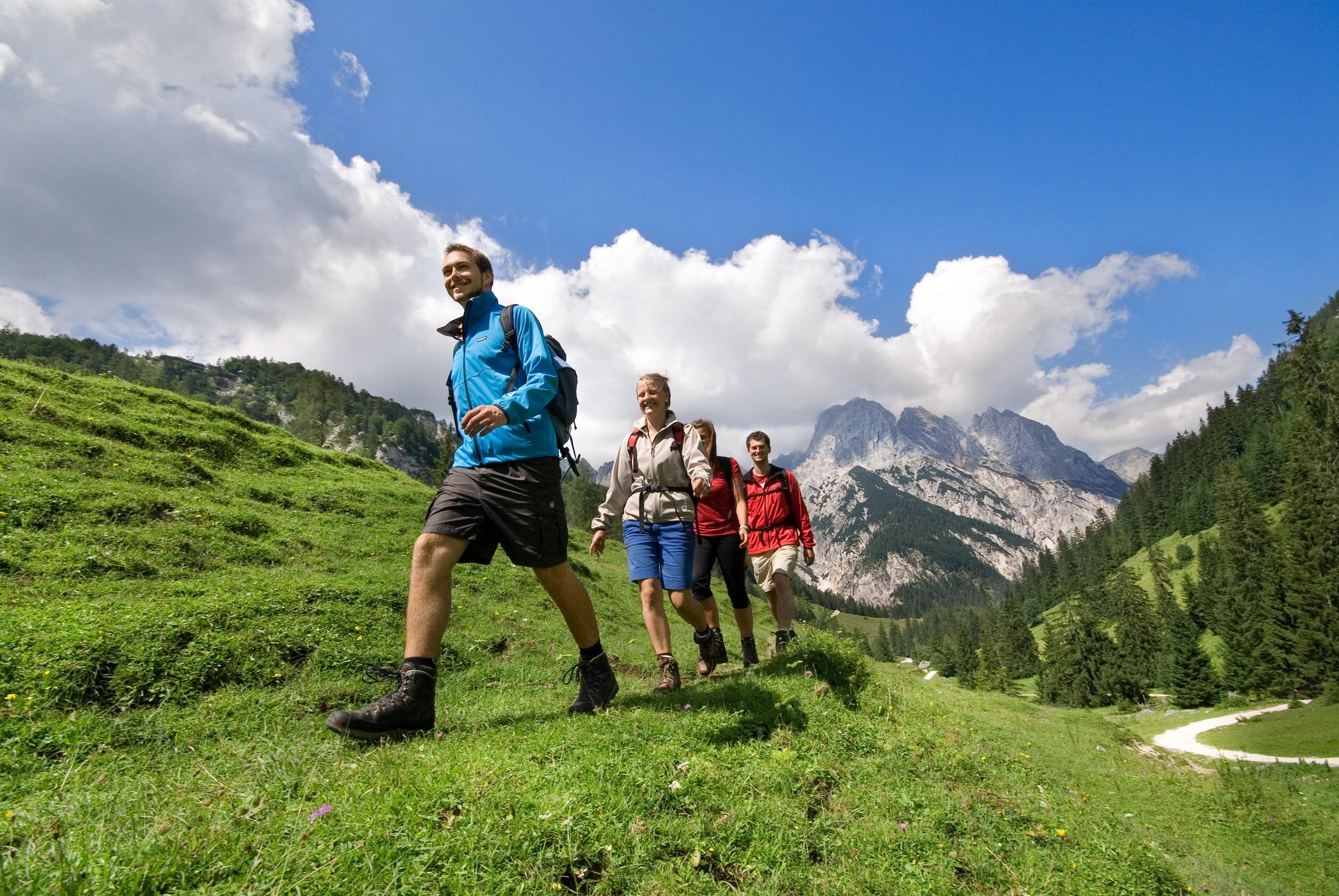 """Photo of Si svolge in questi giorni in Germania il primo """"ultra-trekking"""" delle Alpi"""
