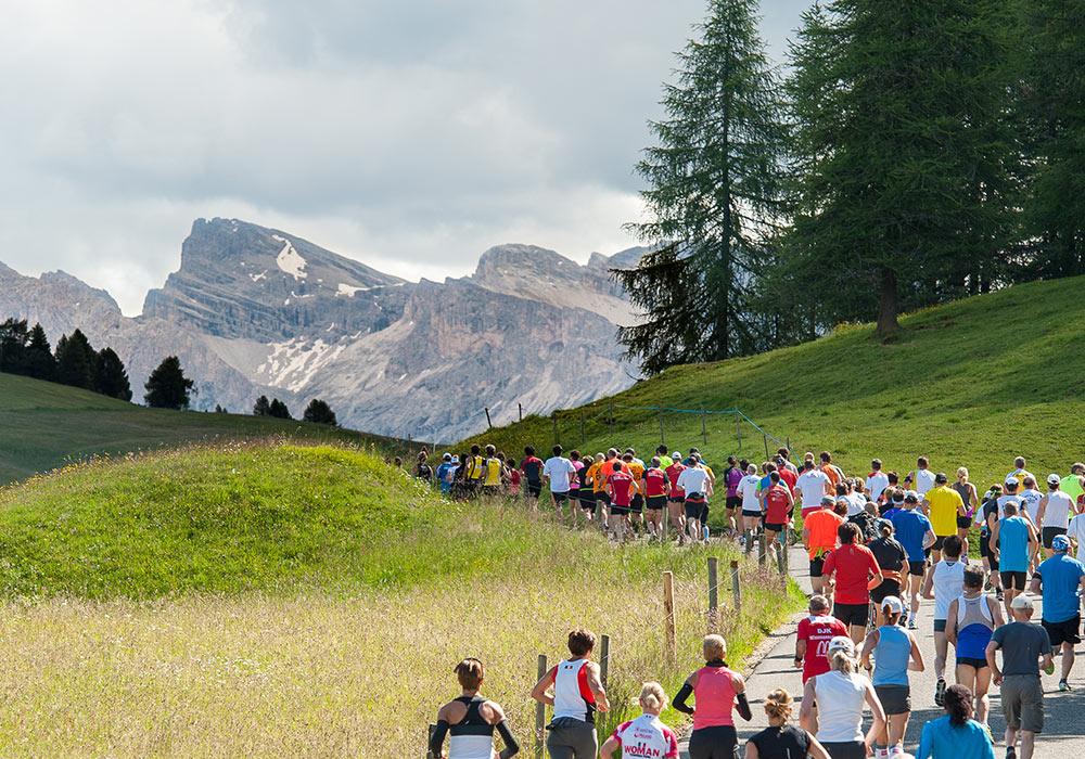 Photo of Domenica al via la Mezza Maratona dell'Alpe di Siusi