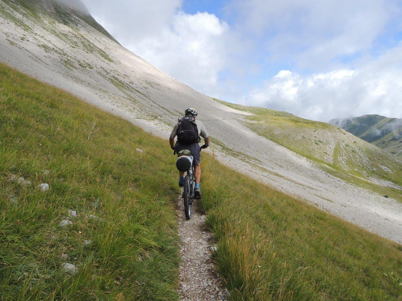 """Photo of Monti Sibillini in mountain bike, in stile """"selvatico"""""""