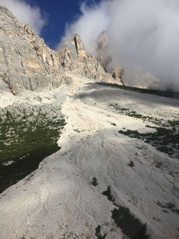 Photo of Smottamenti sul Pelmo: impraticabili strada e sentiero per la Val d'Arcia