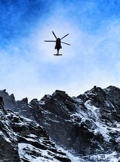 Photo of Alpinista ceco precipita e muore duranta la discesa dal Cervino