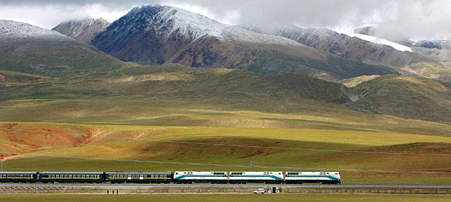 Photo of Cina, una ferrovia tra l'Himalaya per collegare il Tibet al Nepal
