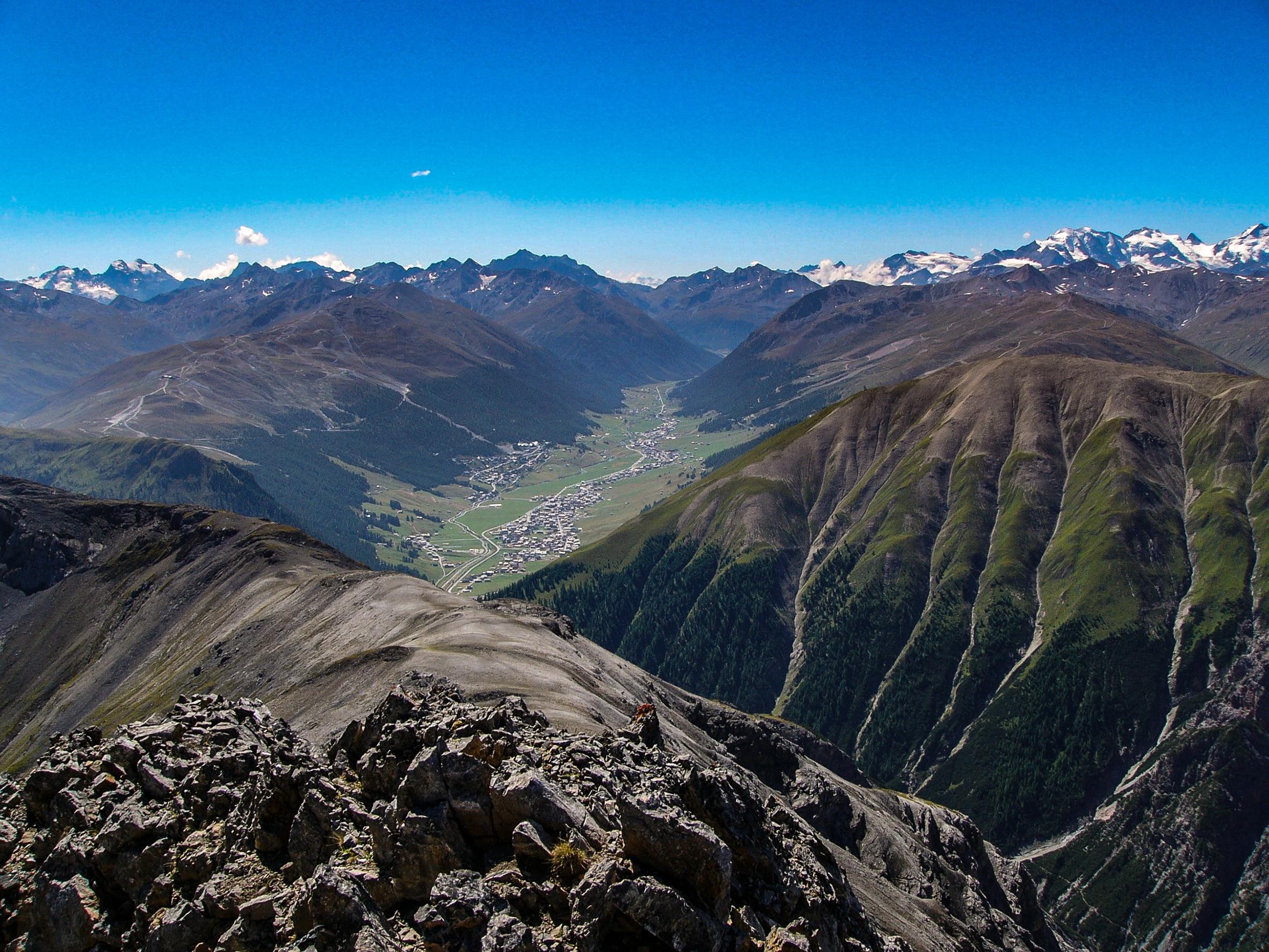 Photo of Livigno, domenica la salita contemporanea di 10 delle 22 cime sopra i 3000 mt