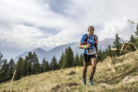 Photo of Oliviero Bosatelli vince il Tor des Géants