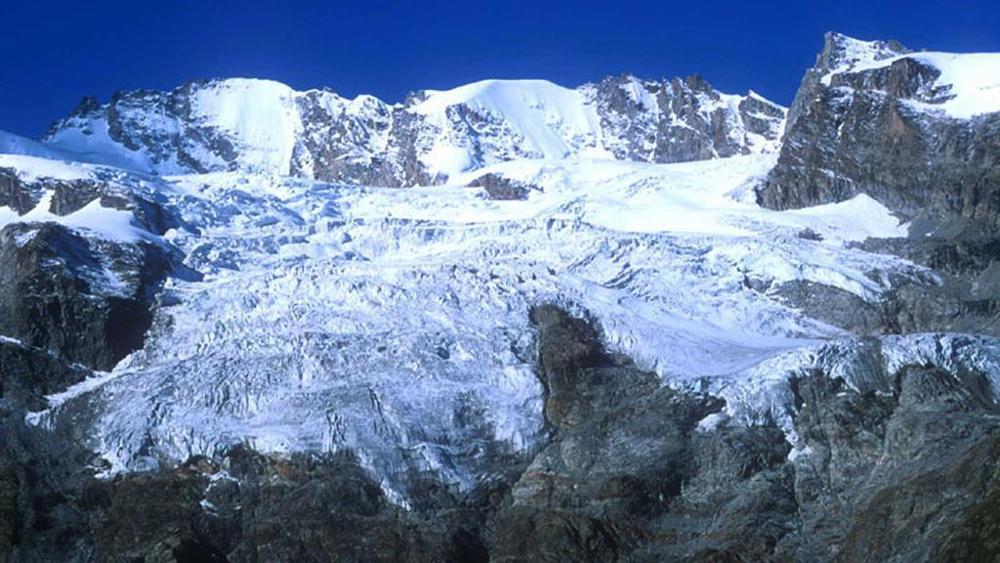Photo of Segni di un corpo sul ghiacciaio della Tribolazione: potrebbe essere Steven Dewaele
