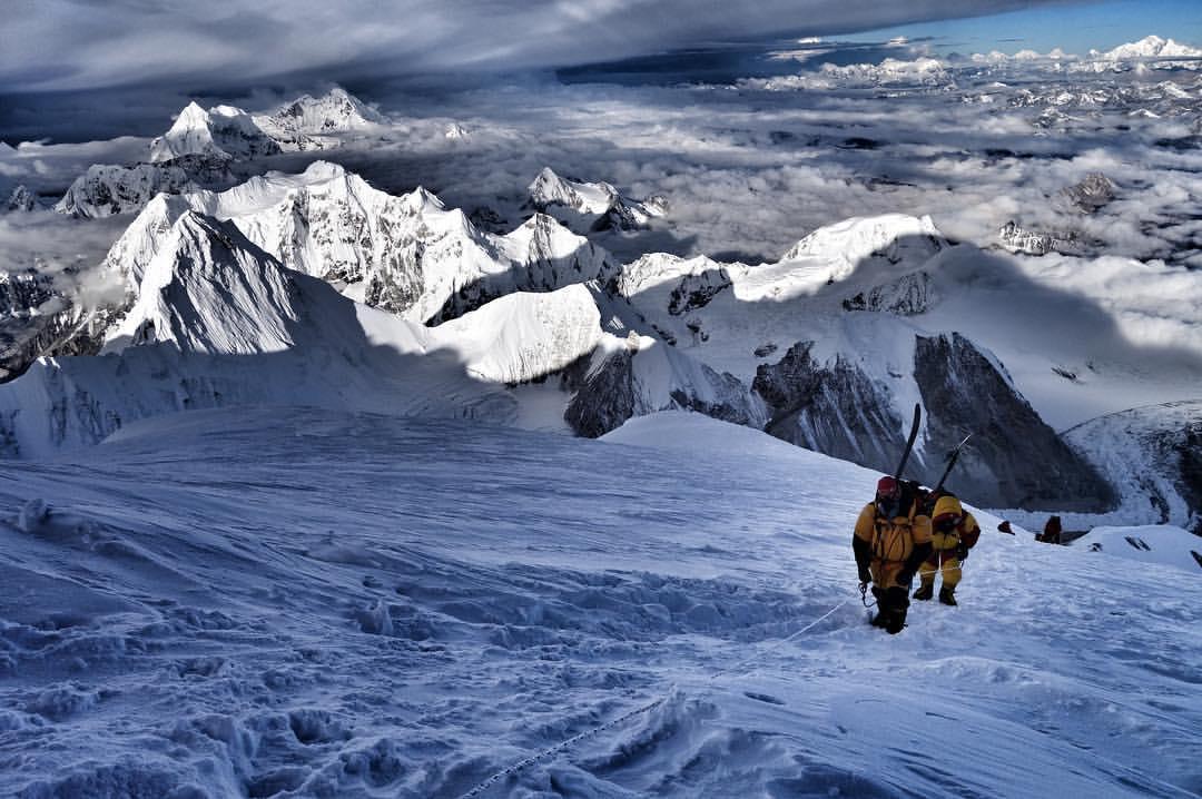 Photo of Alta Quota: sperimentando un nuovo approccio per l'alpinismo himalayano?