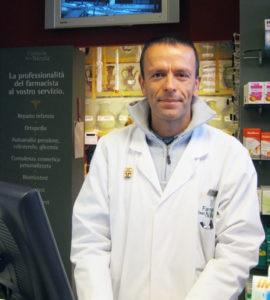 Enrico Bernero, farmacista e naturopata ad Aosta