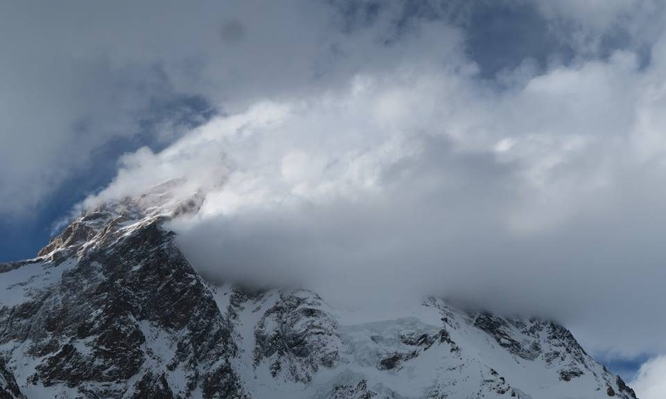 Photo of Broad Peak: Cancellata la spedizione di Oscar Cadiach