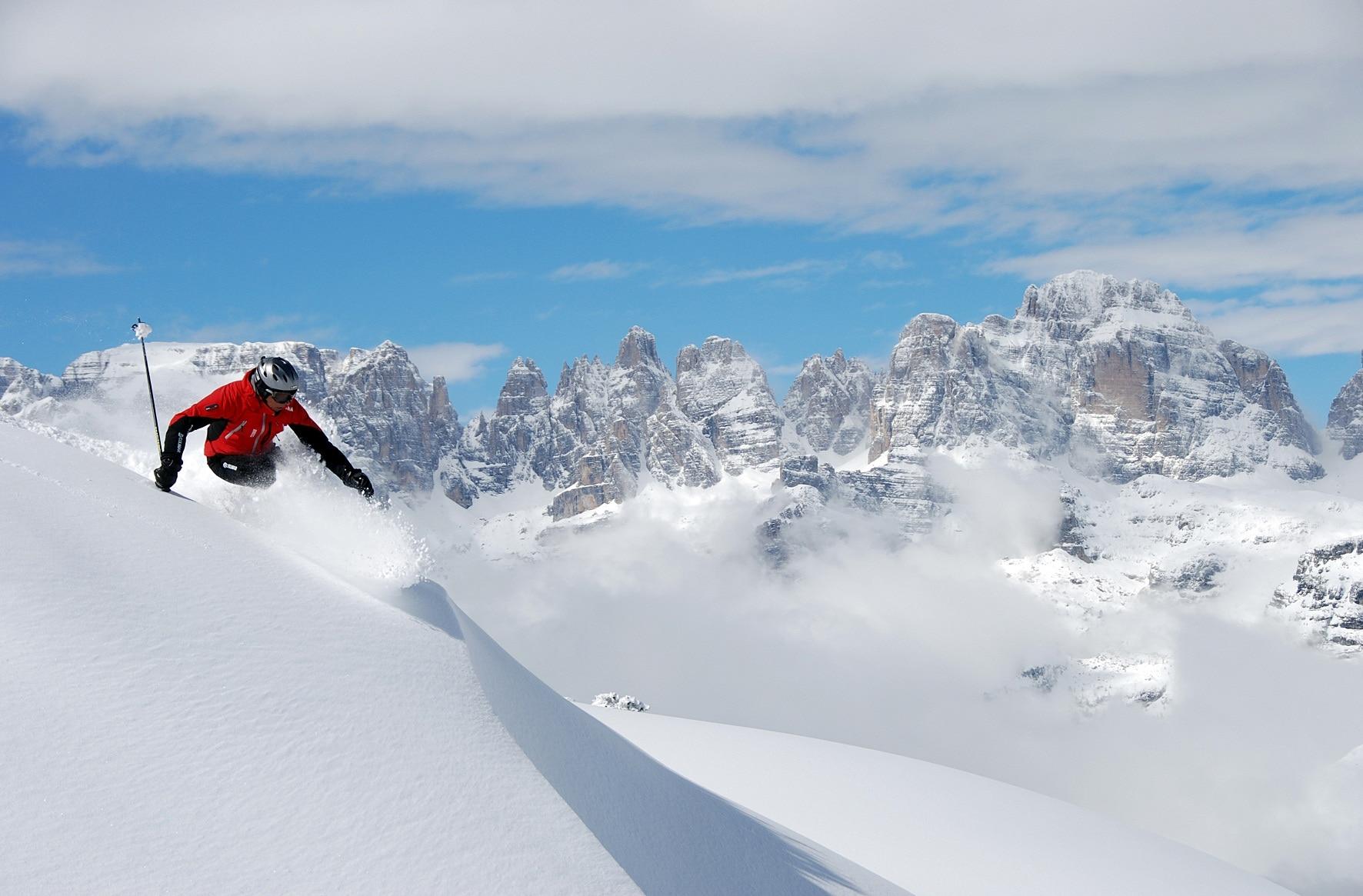 Photo of Paganella: vuoi imparare a costruire un bivacco nella neve?