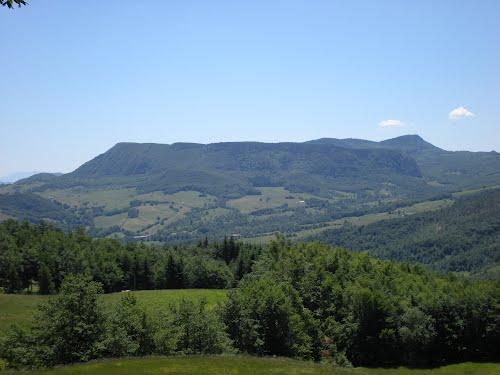 Photo of In viaggio sull'Appennino: il Fumaiolo e colui che volle qui il turismo