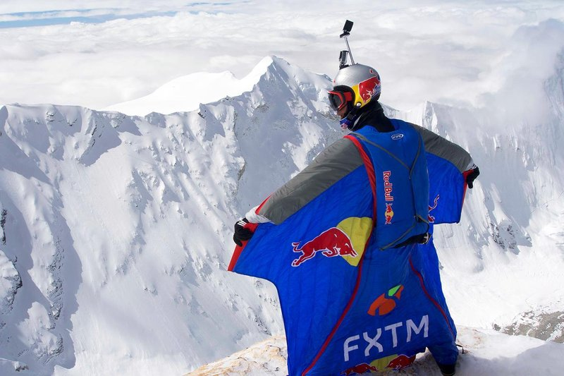 Photo of Nuovo record mondiale di BASE Jumping dal Cho Oyu