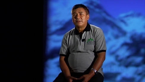 Photo of Ang Tseherig Sherpa duro contro agenzie nepalesi ed alpinisti