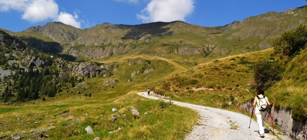 """Photo of Il Lombardia nasce il """"Codice dei sentieri"""""""