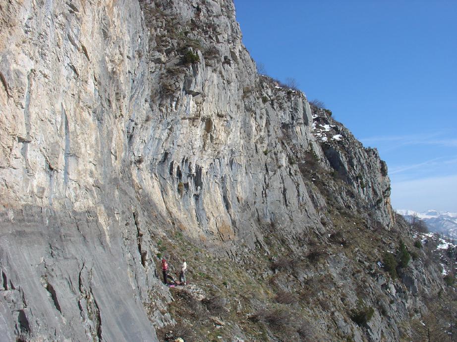 Photo of Climber precipita e muore mentre era impegnata sulla falesia di Roaschia (Cuneo)