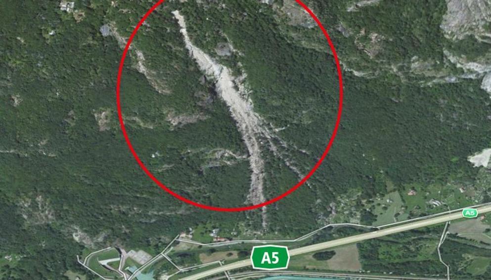 Photo of Traffico deviato fino alle 15 sul tratto della A5 Ivrea-Quincinetto