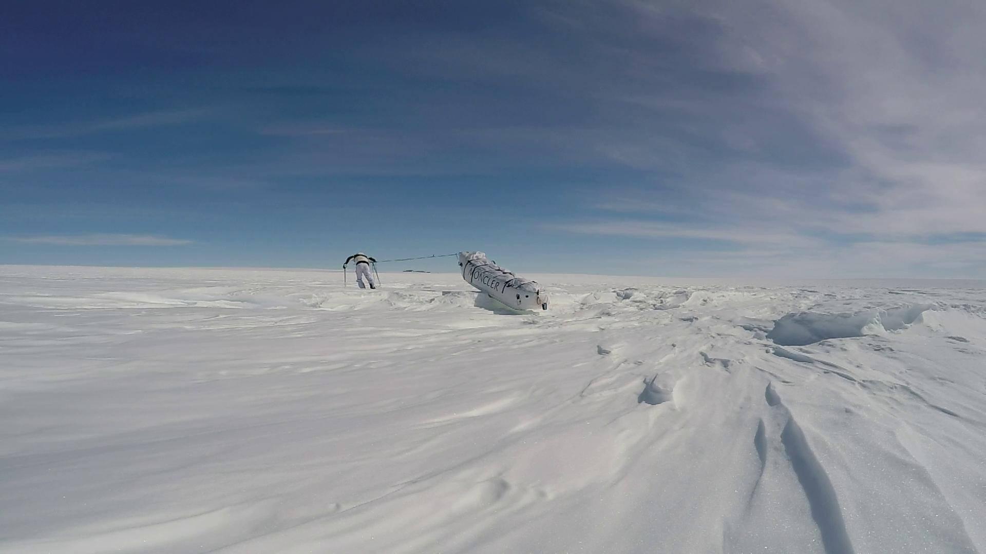 Photo of Prosegue la spedizione in solitaria di Pontrandolfo in Artartide