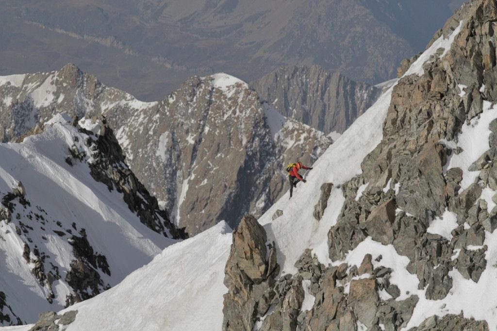 Photo of Il Monte Bianco raccontato da Ueli Steck, Candide Thovex e Kilian Jornet
