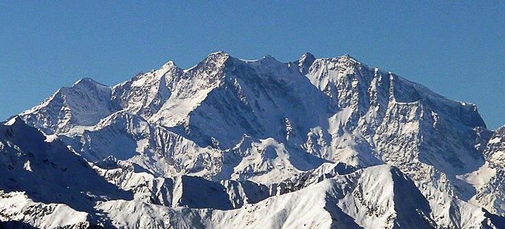 Photo of Il timelapse della tormenta sul Monte Rosa della vigilia di Natale