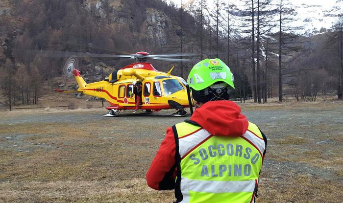 Photo of Due morti in montagna a causa del ghiaccio. Uno è un 23enne del Vercellese