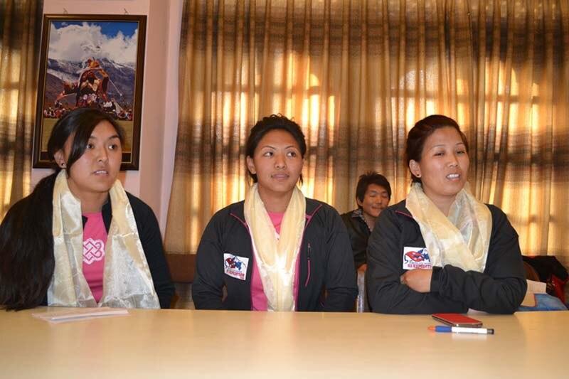 Photo of Tre donne da primato alla conquista del Kanchenjunga